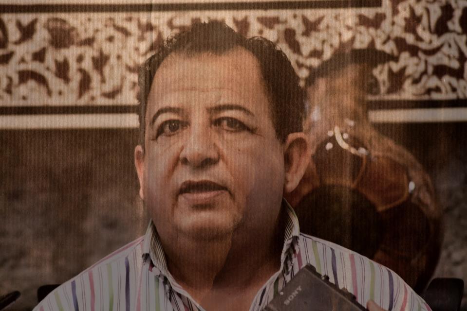 Luis Walton Aburto, su equipo de campaña junto con sus guardias federales fueron encañonados por unos 20 hombres fuertemente armados, cerca de Chilapa,