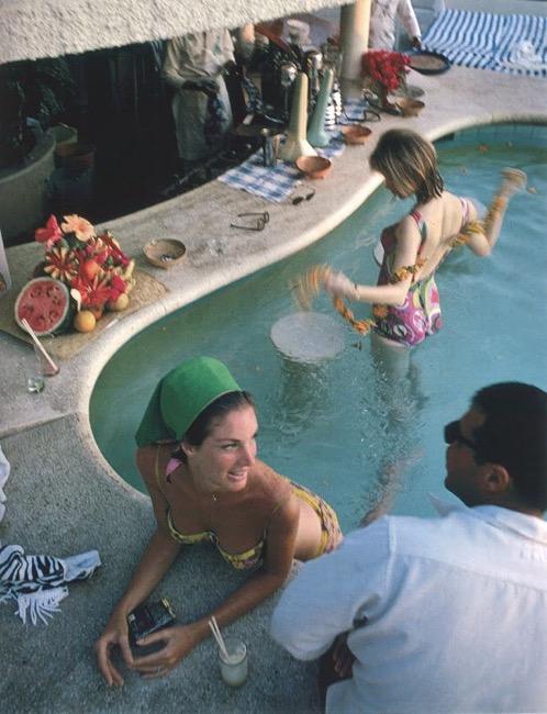 Villa Vera Racquet Club, Acapulco, Mexico, 1968. (Slim Aarons)