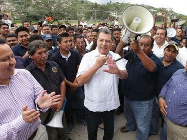 Exigen que Aguirre rinda cuentas por presunto desvío en Guerrero