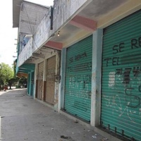 Cierran más de 3 mil negocios por violencia en #Acapulco mientras el gobierno estatal y el local andan en pleito político