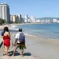 Playas guerrerenses podrían volver a cerrarse por renuencia de usuarios.